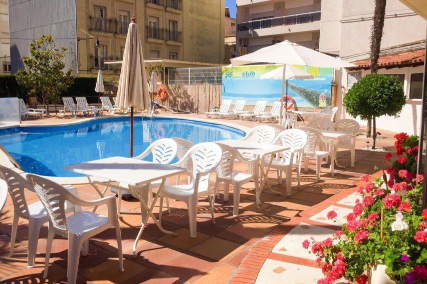 wczasy wypoczynek hiszpania hotel mireia lloret de mar funclub-5