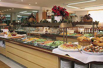 wczasy wypoczynek hiszpania hotel riviera santa susanna funclub-5
