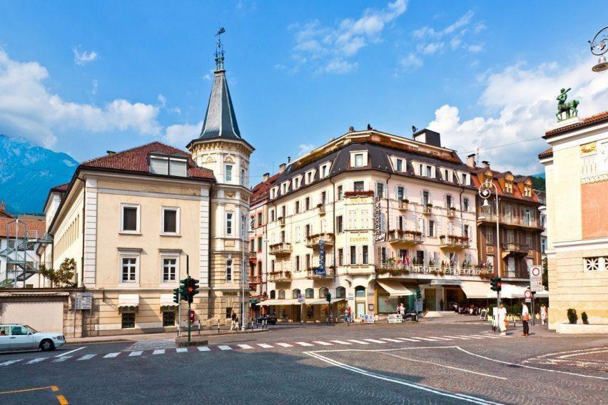 street view of meran italian alps town