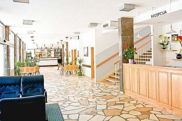 wypoczynek wczasy dla seniora chorwacja makarska hotel palma funclub-3