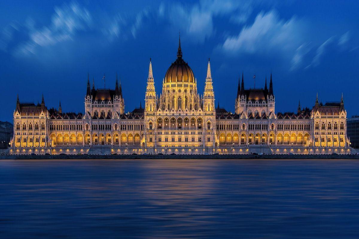 zwiedzanie objazdowe budapeszt wiedeń praga-- węgry austria czechy funclub-16
