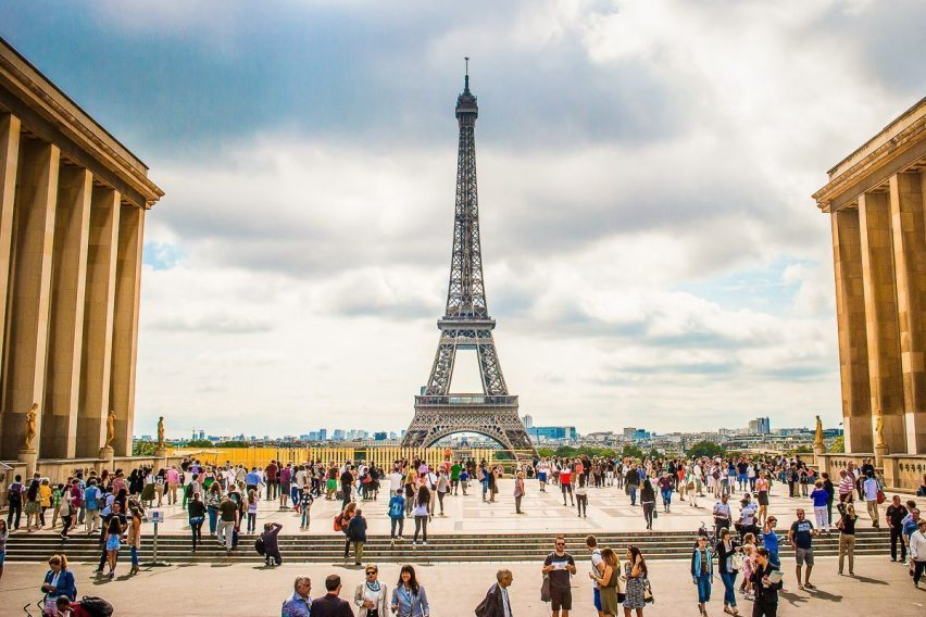 zwiedzanie objazdowe paryż stolica europy paris eiffel louvre luwr funclub-4