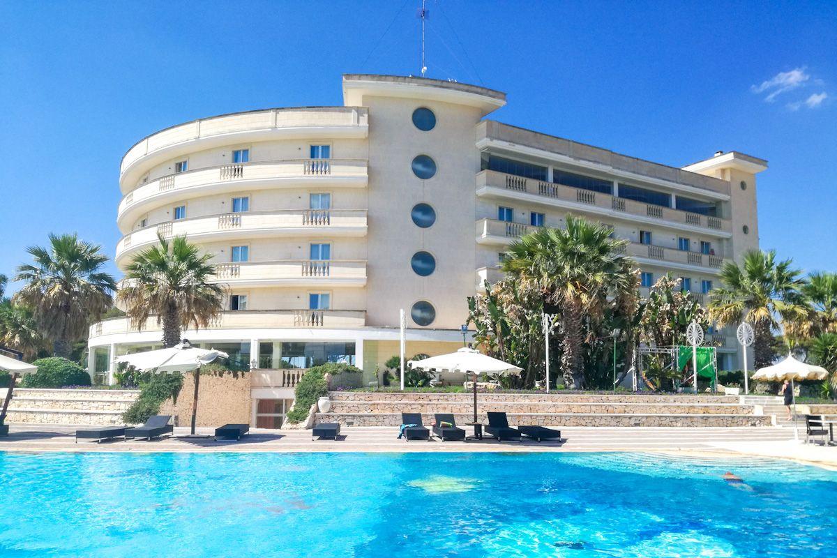 Wypoczynek i Zwiedzanie Puglii Grand Hotel Dei Cavalieri