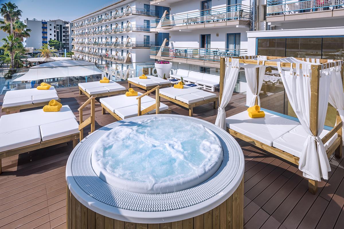 hotel-alhambra-hiszpania-santasusana-funclub28