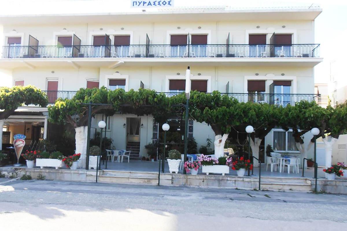 Hotel Pyrassos