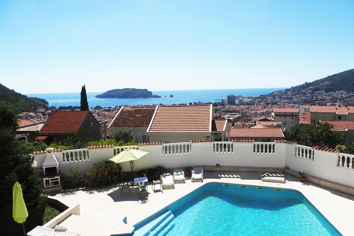 [Wypoczynek z noclegiem tranzytowym] Villa Lazi z widokiem na morze
