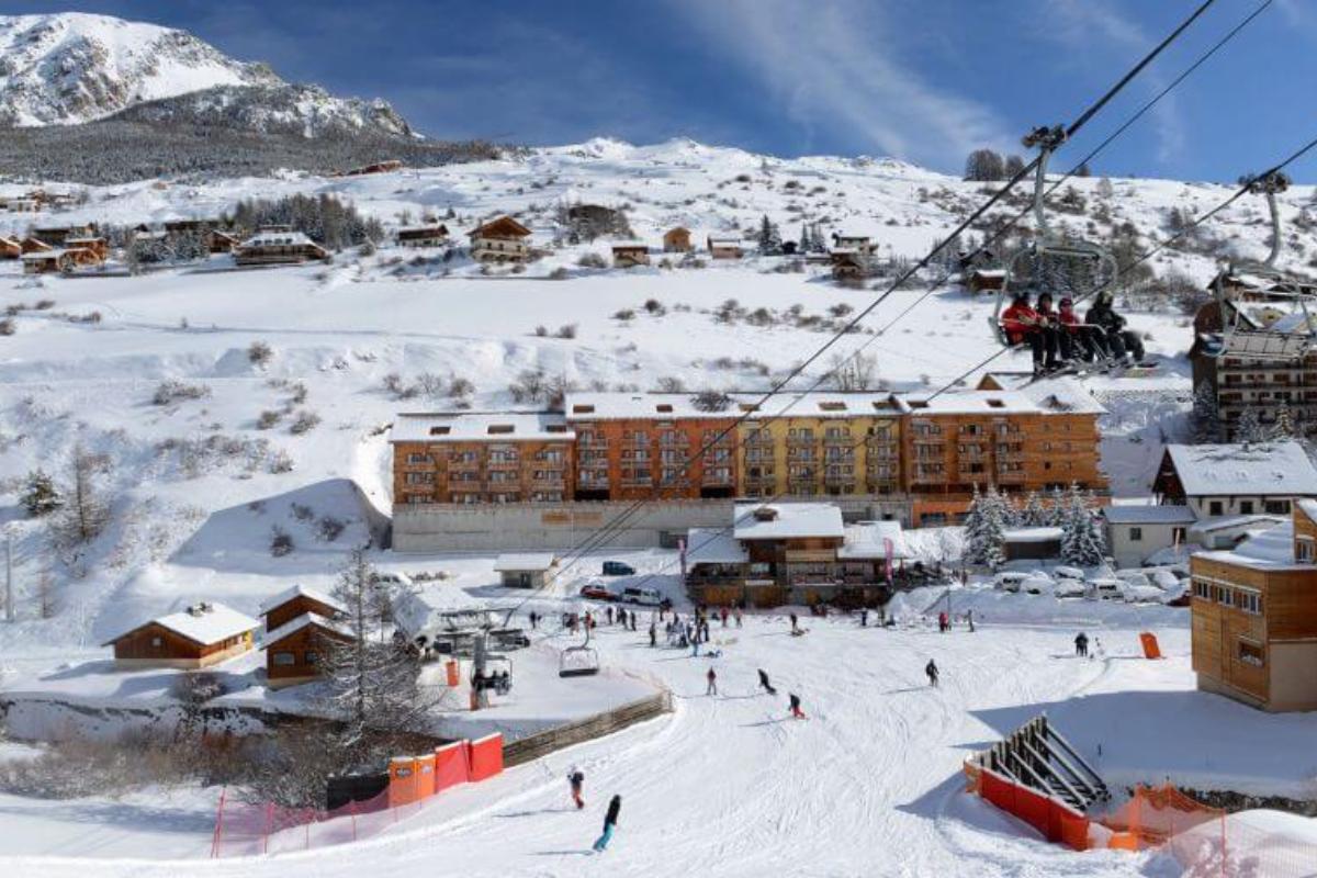 vars risoul funclub snow show francja narty (6)