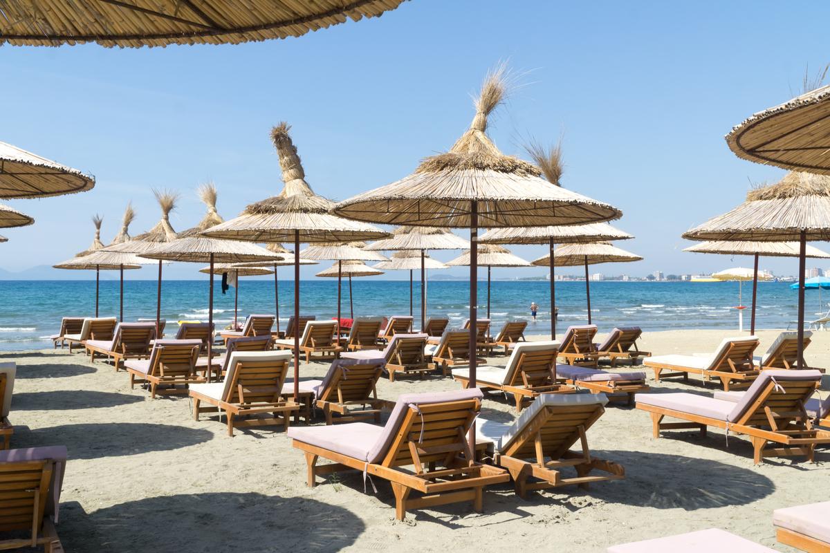 albania vlora plaza funclub